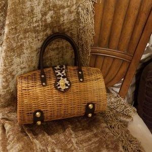 NEW...Straw clutch style purse